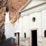 """Abruzzesi del Trentino al Santuario nella roccia della """"Santissima Trinità"""""""