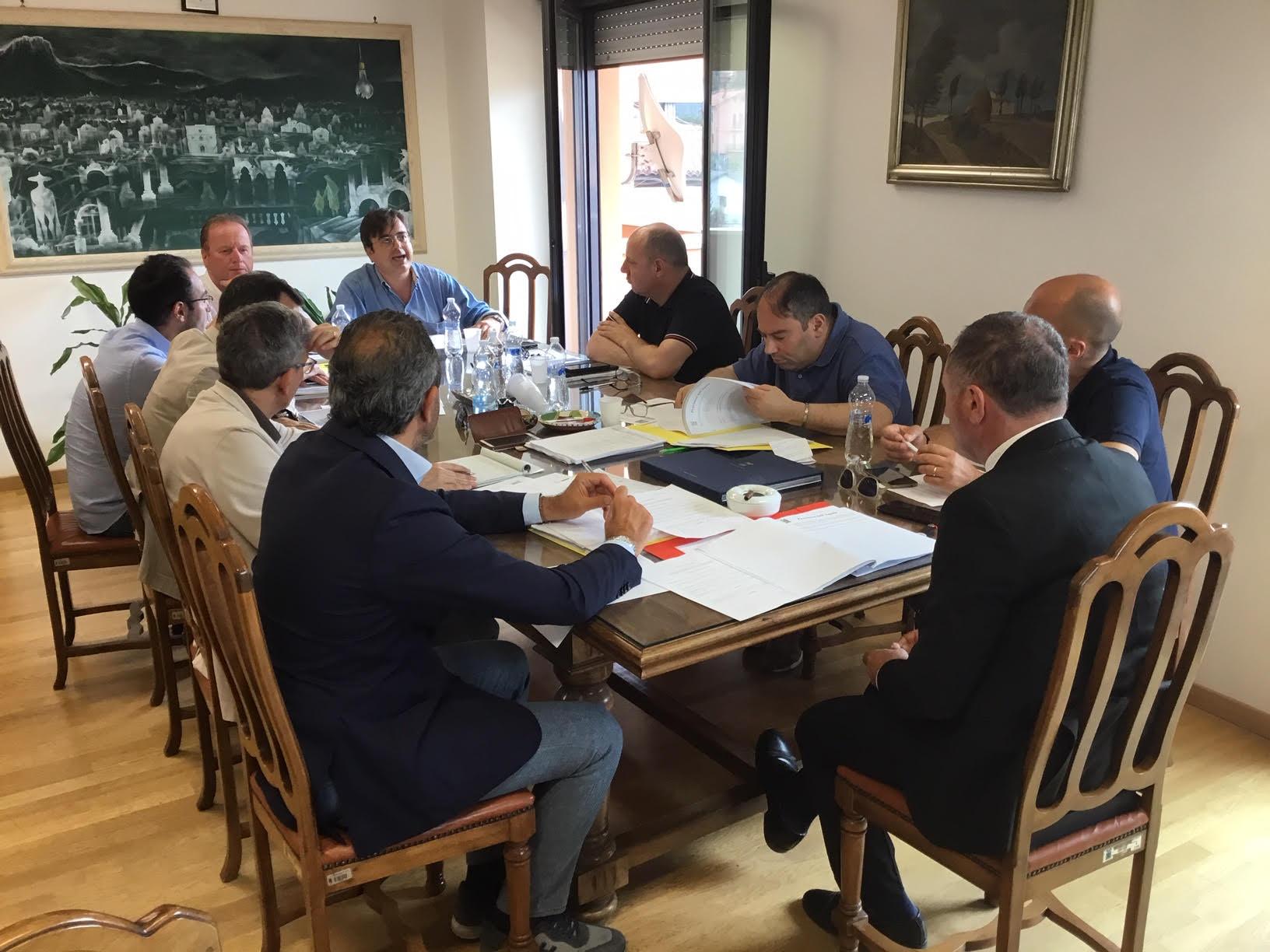 """Consiglio Provinciale su Convitto """"Cotugno"""", De Nino-Morandi, danni nel Fucino. Varato il rendiconto di gestione 2018"""