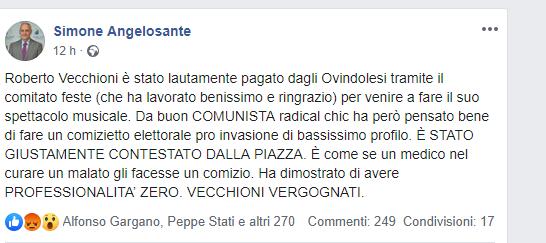 """Ira di Simone Angelosante per il discorso di """"pro migranti"""" di Roberto Vecchioni durante il concerto ad Ovindoli"""