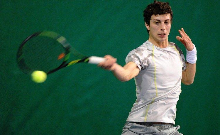 Il grande tennis a l'aquila: l'avezzanese Di Nicola non riesce ad accedere al terzo turno ma è stato autore di un buon match