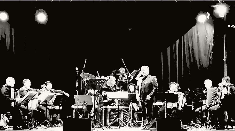 Dieci anni di successi per la Fisiorchestra, concerto sotto le stelle a Luco dei Marsi