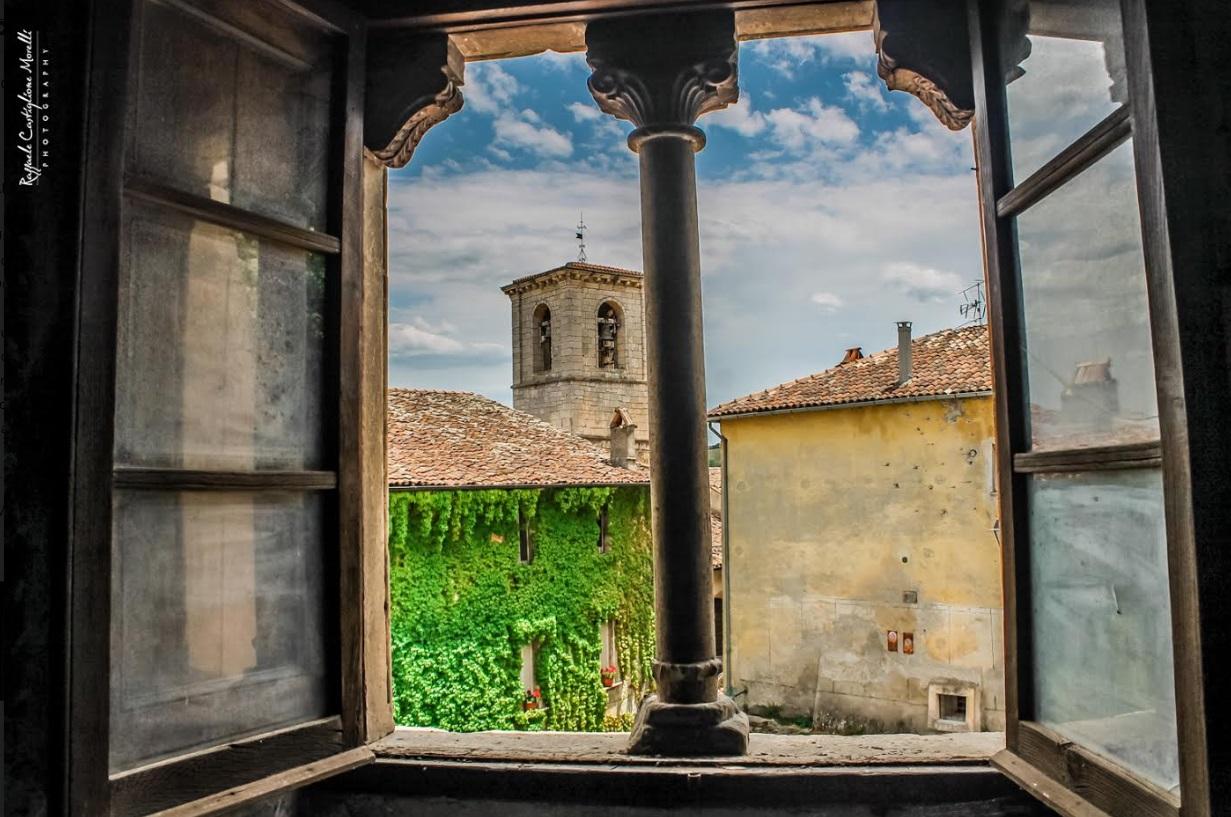 """Al Festival Internazionale Di Mezz'estate, il Prof. Fernando Pasqualone presenta il suo nuovo libro """"Il Palazzo Ducale Di Tagliacozzo"""""""