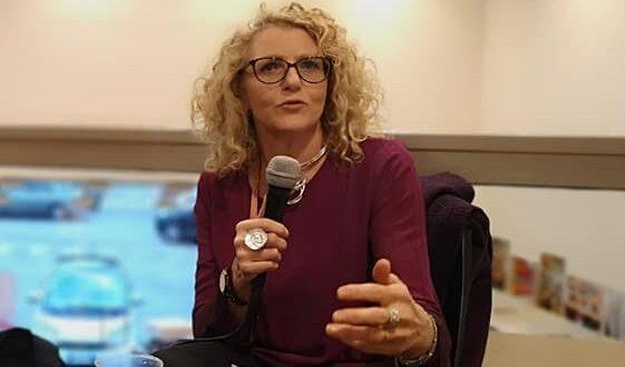 """Presentazione del romanzo """"Le Rose di Sharon"""" dell'autrice Claudia Disi a Tagliacozzo"""