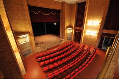 Il Teatro Off Limits è pronto a ripartire: il ritorno del teatro dal vivo