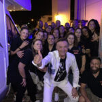 Il tempo incerto non ferma Dodi Battaglia a San Benedetto dei Marsi, in migliaia al concerto