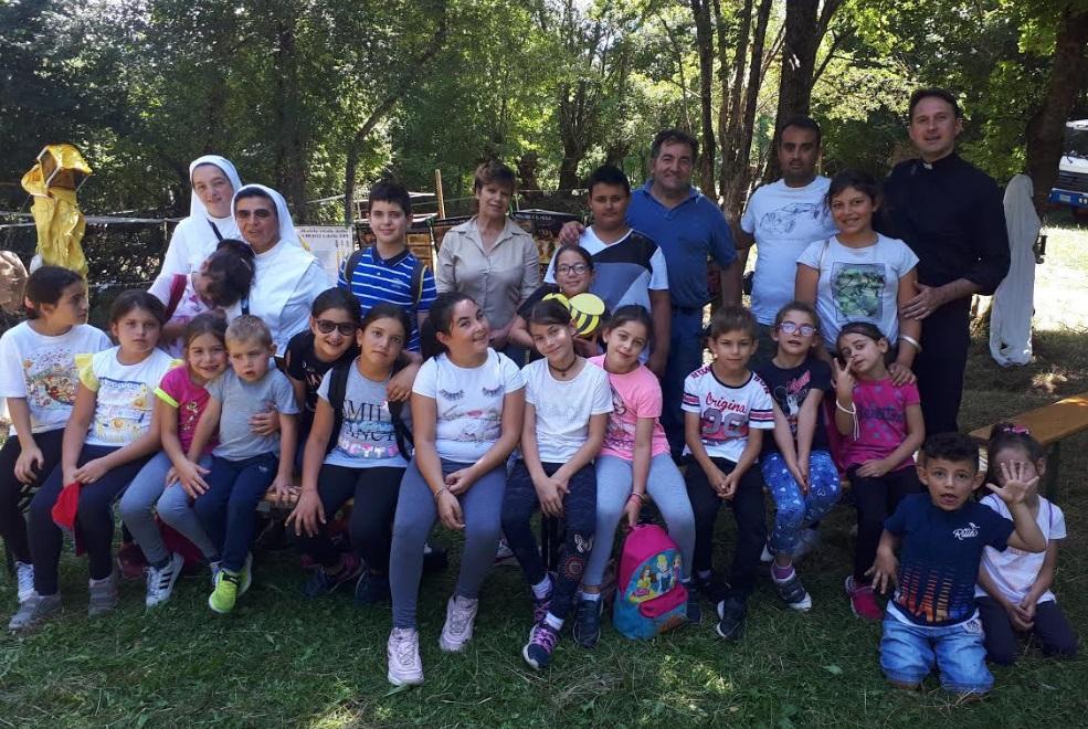 A Villavallelonga interessanti progetti per bambini promossi da Don Carmine e Suore dell'Ordine delle Pie Operaie dell'Immacolata
