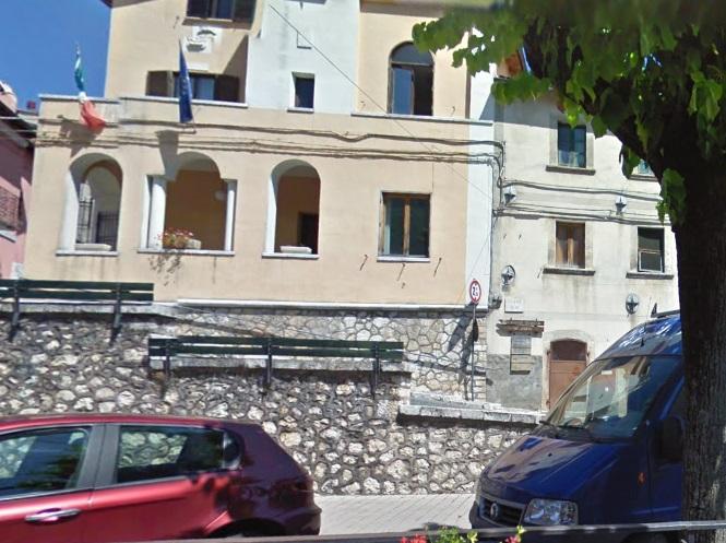 Accuse all'operato del comune di Villavallelonga, l'Amministrazione comunale si difende