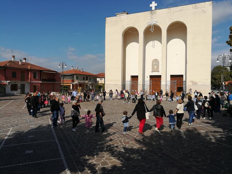 La Scuola dell'Infanzia di San Benedetto dei Marsi festeggia i nonni