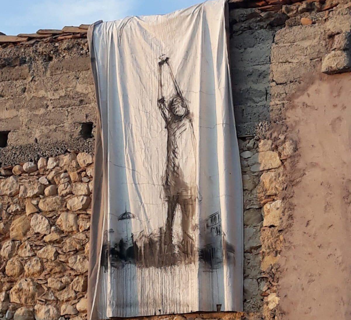 L'arte e la fantasia sbocciano sui muri di Aielli