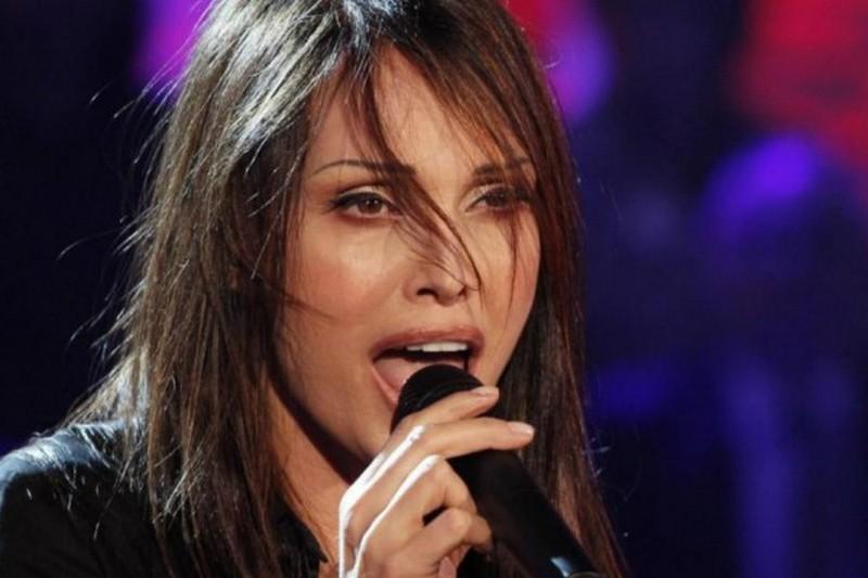 Anna Oxa apre la nuova stagione musicale al teatro dei Marsi