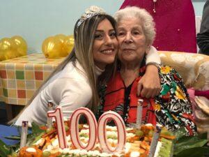 Nonna Lidia spegne cento candeline, un'ospite dell'istituto Don Orione di Avezzano