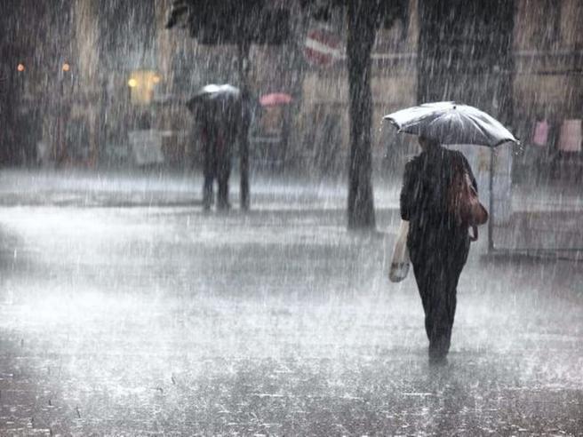 Meteo, cambia tutto da giovedì, piogge e calo termico delle temperature