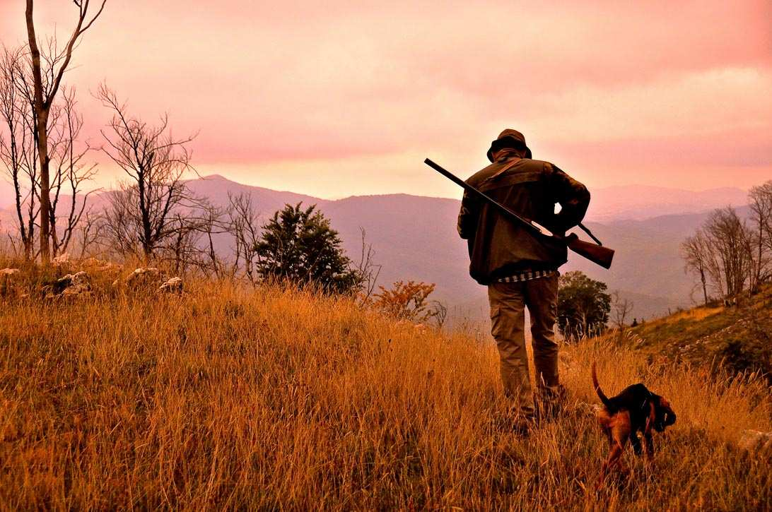 """Proteste dai cacciatori della Valle Roveto, """"La Zona di caccia è troppo distante"""", cacciatori più anziani costretti a rinunciare"""