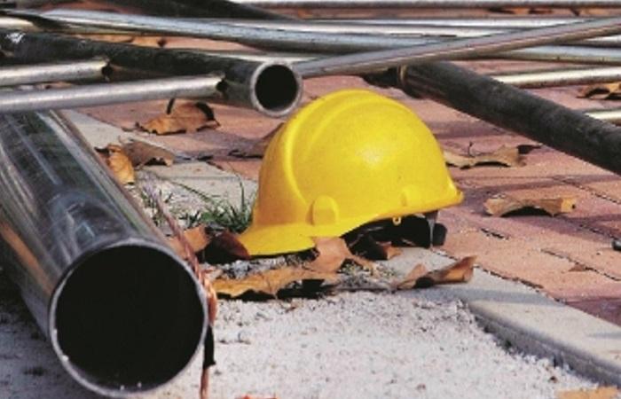 Incidenti sul lavoro, operaio della Valle Roveto cade da impalcatura nel cantiere della M4 a Milano