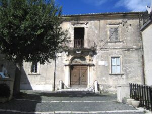 Mostra d'arte nella suggestiva cornice dello storico Palazzo Ferrante a Civita d'Antino