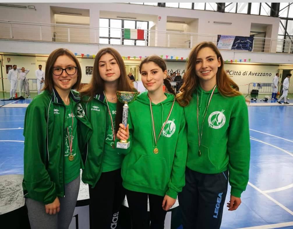 La squadra femminile di scherma capitanata da Eloisa Capone e' campione regionale
