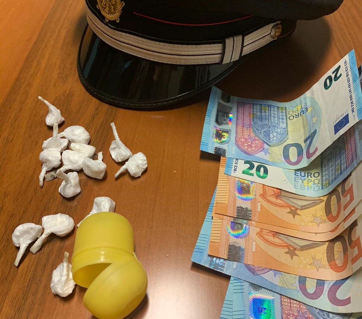 Cocaina negli ovetti Kinder, arrestato venticinquenne