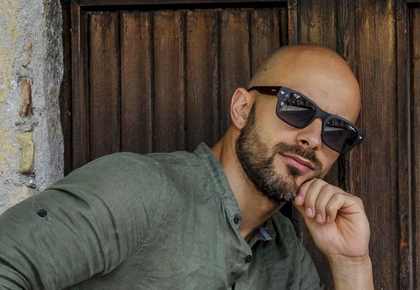 Debutto in TV nazionale dell' autore Marsicano Matteo Farge