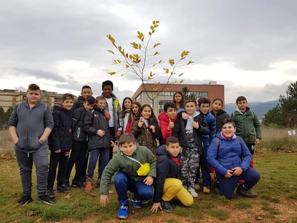 Giornata dell'albero per gli alunni degli istituti Collodi marini e Corradini Pomilio di Avezzano