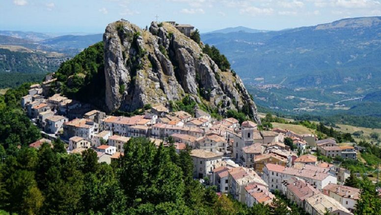 Ripensare le aree marginali, ripensare l'Abruzzo, tavola rotonda a Tagliacozzo