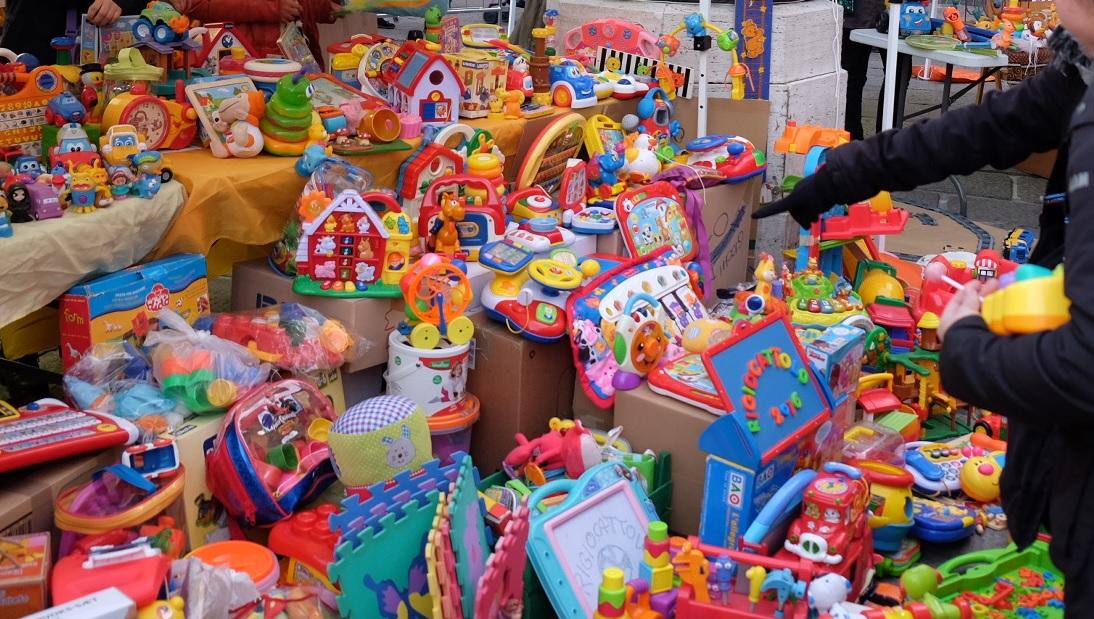 Regali di Natale per i bambini e i ragazzi della casa famiglia: come partecipare