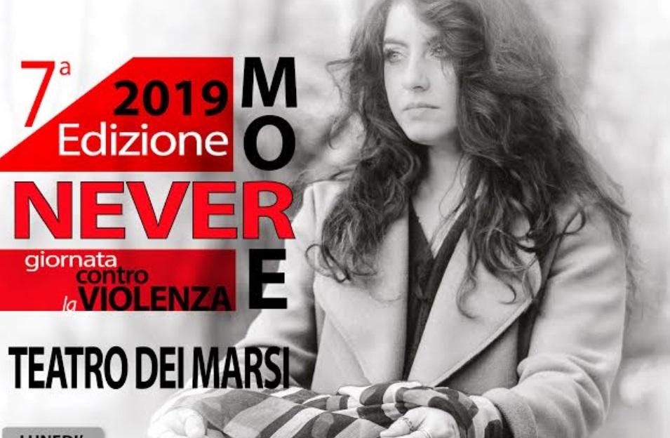"""Nevermore: gli alunni del """"Vitruvio"""" ancora una volta sul palco del teatro dei marsi per dire """"NO"""" alla violenza"""