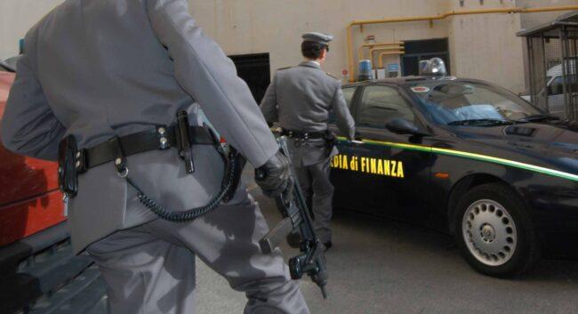 Operazione antidroga della GDF di Avezzano, due arresti. Sequestrati contanti e cocaina