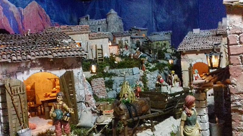 Un presepe nel borgo antico di Scurcola da visitare gratuitamente fino alla Befana