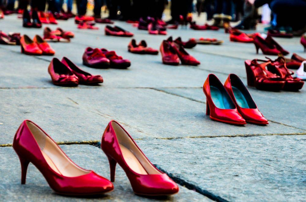 In piazza Risorgimento la LILT di Avezzano e l'Associazione F.I.D.A.P.A. insieme contro la violenza sulle donne