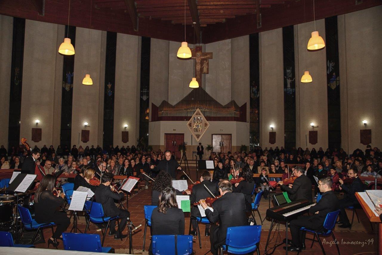 Successo al concerto dell'orchestra I.M.A nella bellissima Chiesa dello Spirito Santo