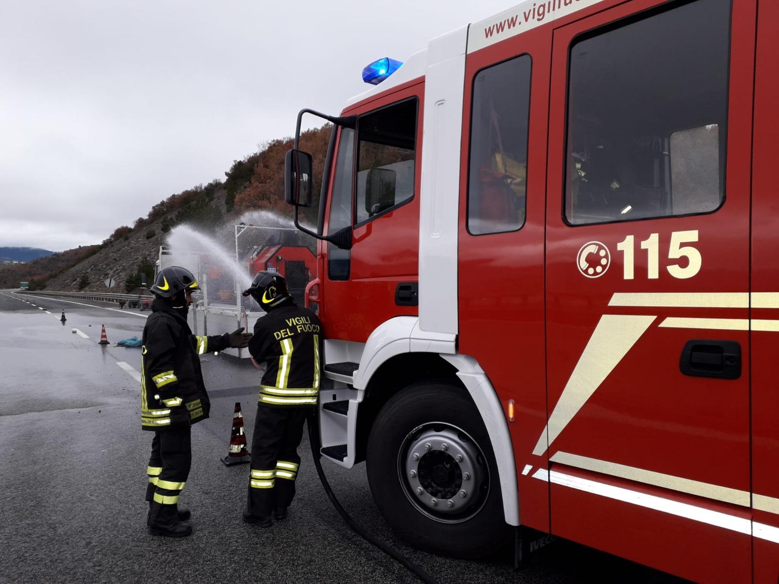 Tragedia sfiorata per lo scoppio di una bombola di GPL lungo l'autostrada A 24