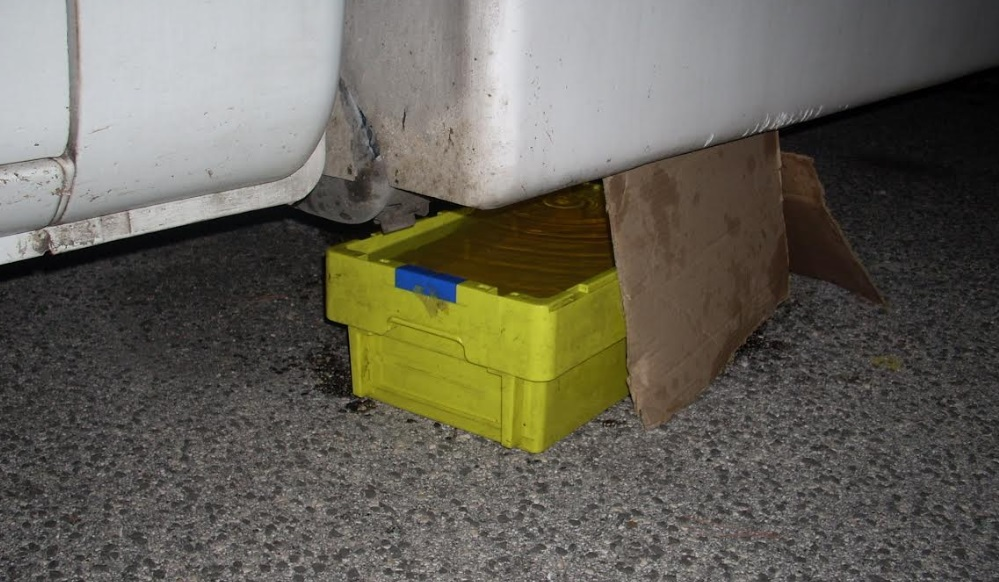 Trafugava gasolio da un autocarro parcheggiato ad Avezzano, arrestato dai Carabinieri