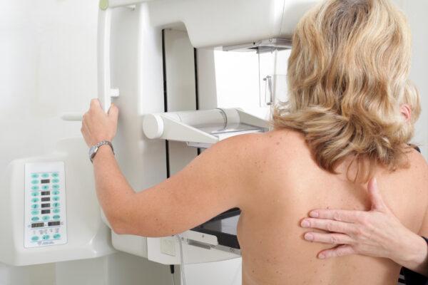 """L'Aquila, Asl su mammografie: """"quelle urgenti garantite nel giro di pochi giorni, le ordinarie seguono l'iter consueto"""""""
