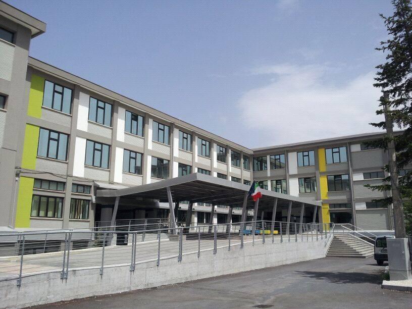 """Europrogettazione, lezioni on line di Ripresa e Resilienza all'Istituto """"Galileo Galilei"""" di Avezzano"""