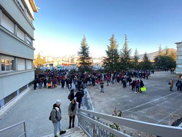Sciopero degli studenti al Majorana, le aule sono fredde perché le ore di accensione dell'impianto non sono sufficienti per avere una temperatura adeguata