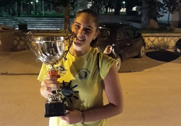 La giovane pallavolista marsicana Martina Mastronardi sale in Serie B2