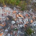 La cava di Scurcola Marsicana trasformata in una discarica a cielo aperto