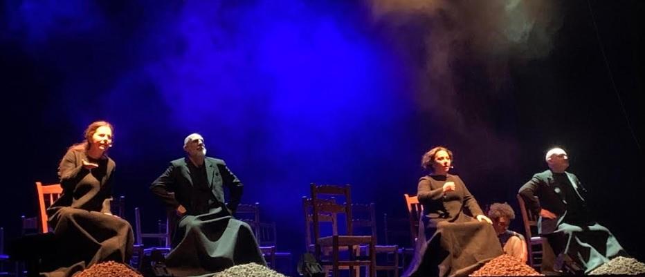 """La storia dei """"cafoni"""" di Fontamara raccontata da Ignazio Silone al Teatro De Nardis di Orsogna"""