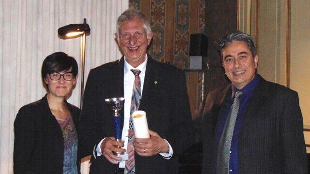 Premio per Mario De Vecchis, scrittore e poeta di Capistrello