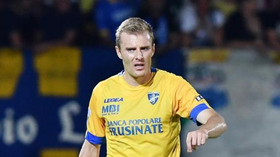 L'avezzanese Matteo Ciofani firma per il Bari