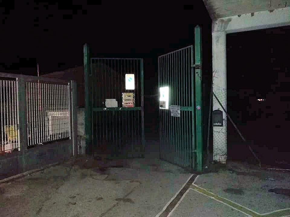 """""""Avezzano allo sbando"""" decine di auto aperte e derubate nel parcheggio dello Stadio dei Pini ad Avezzano"""