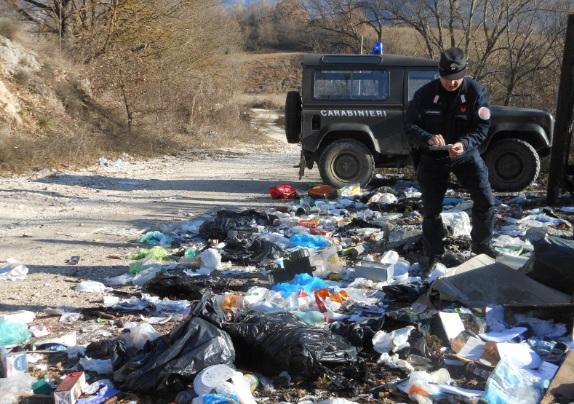 Abbandono illegale rifiuti: individuati e sanzionati 19 responsabili