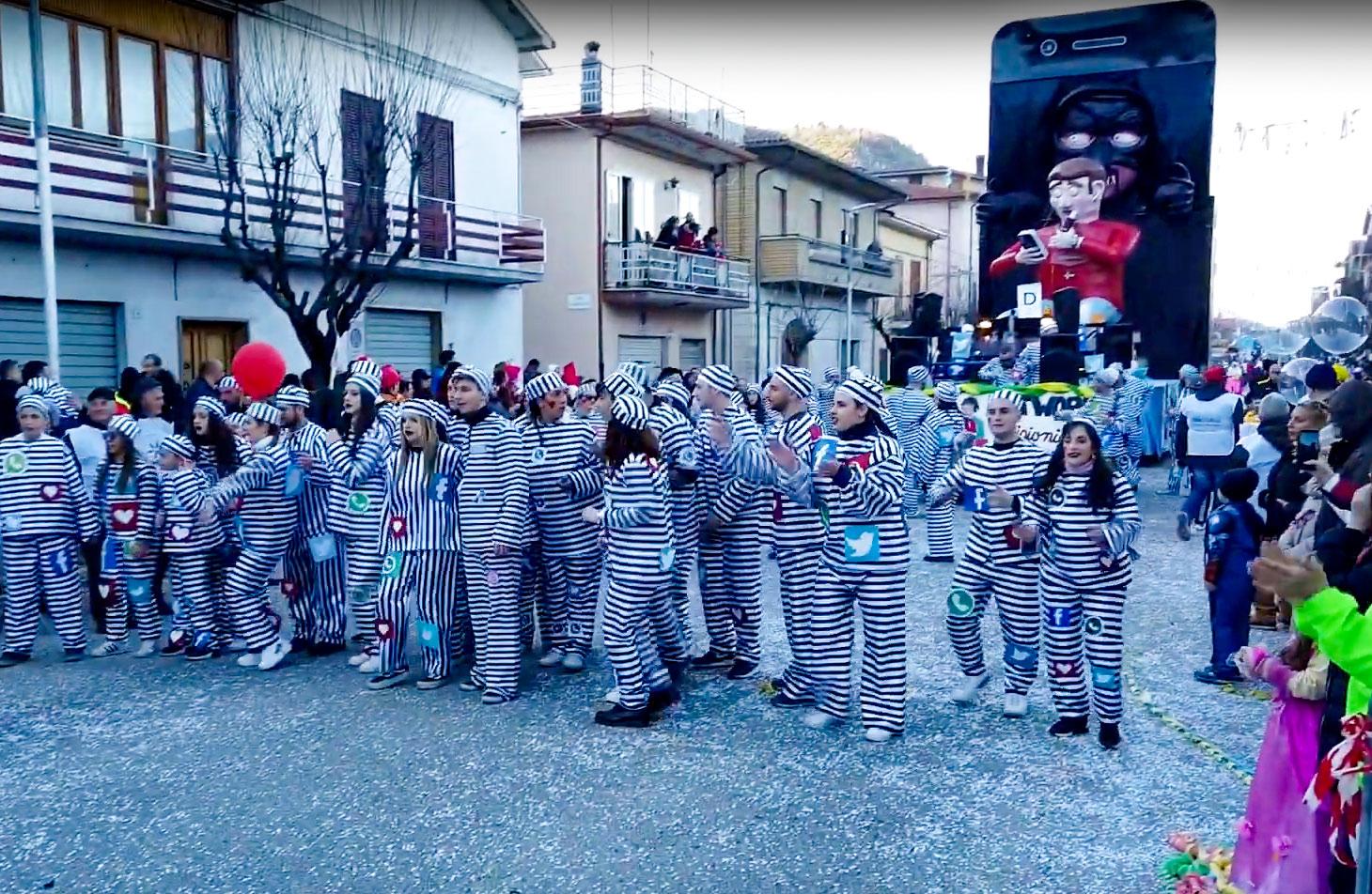 """Carnevale Marsicano, l'edizione 2020 è la più ricca di sempre, Vince il carro """"Dissocial Net"""", al secondo posto, il carro """"Patatar"""" e in terza posizione """"Peter Pan"""""""