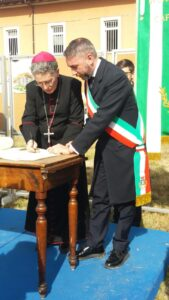 Emozionante cerimonia a Tagliacozzo per la posa della prima pietra del nuovo campus scolastico