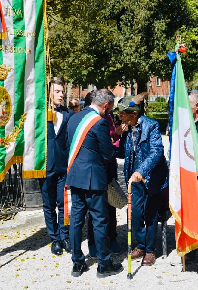 Oggi l'ultimo saluto all'alpino Tommaso Palmerini. Tra pochi giorni avrebbe compiuto 100 anni