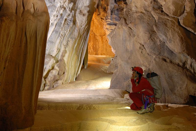 Le grotte di Pietrasecca protagoniste oggi alle 14 su Rai1