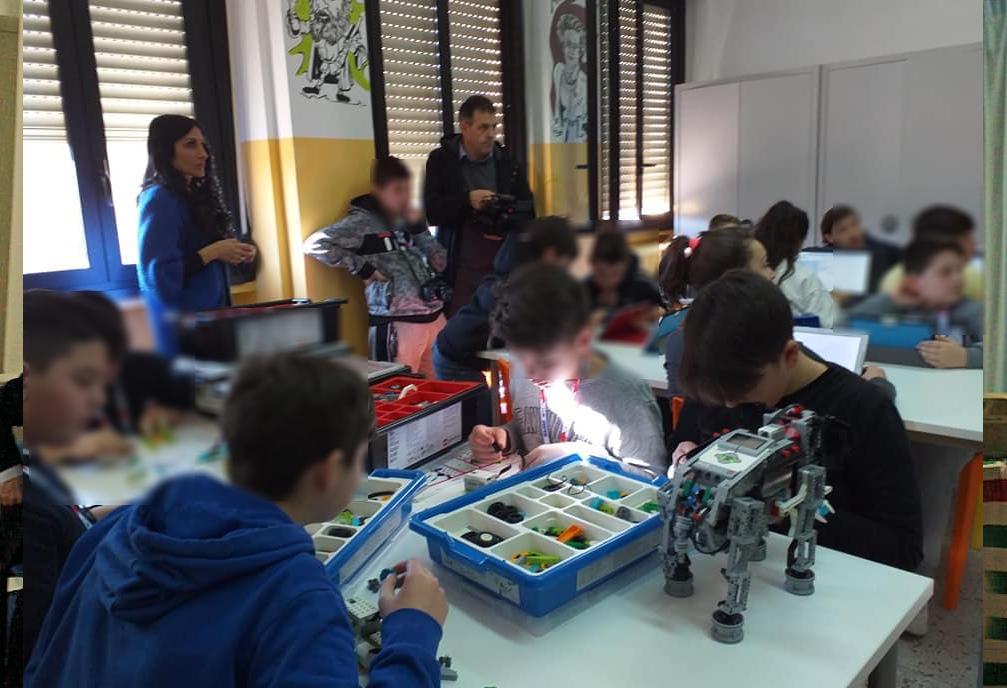"""""""Atelier Creativo"""", inaugurata l'aula multimediale e di robotica dell'Istituto Enrico Mattei"""