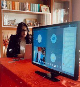 Domenica Bianchi si laurea in Economia e amministrazione delle imprese in videoconferenza