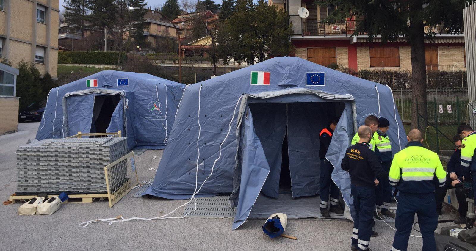 Allestite due tende per la gestione dell'emergenza coronavirus, all'ospedale di Tagliacozzo