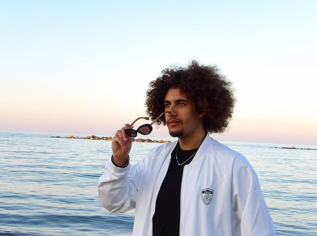 Il giovane cantante avezzanese Amaral pubblica la sua prima canzone del 2020